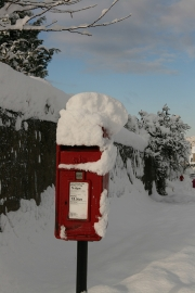 Snow post box