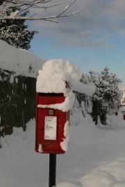 Snow post box