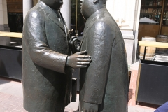 Conversation sculpture