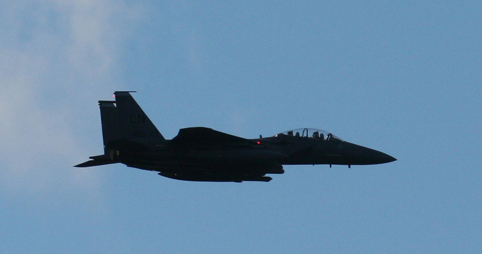 Low flying F18